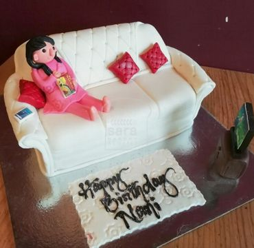 Fondant Cake with Girl Sitting on Sofa HR017