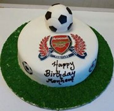 Arsenal Logo with football Cake SP118