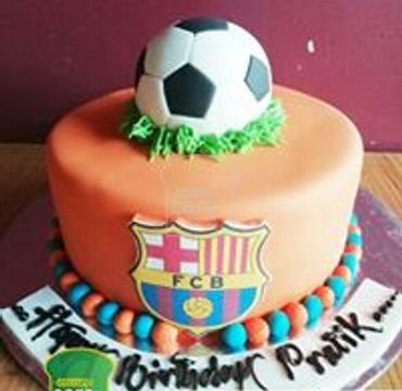 FCB Logo Printed with Football on top Cake SP107