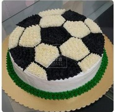 Football Vanilla Cream Cake SP102