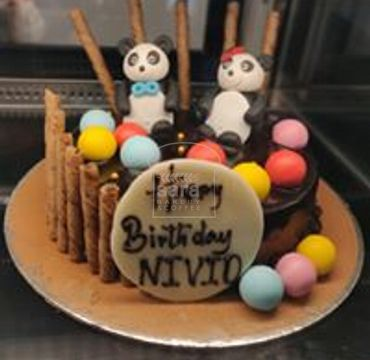 Chocolate Cake with Pandas HR025