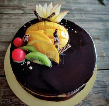 Chocolate Cake with Fruits Topping RG101