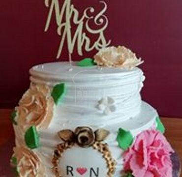 Double Decker Engagement Cake EA128