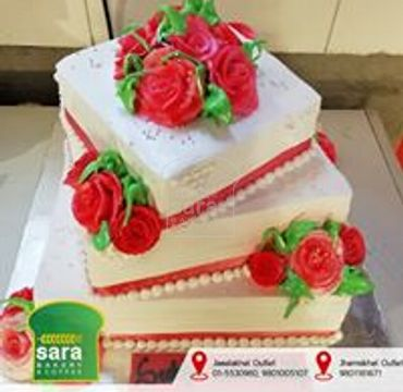 Three Tier Cake with Roses EA134