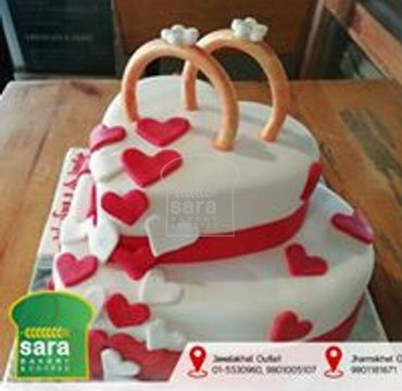 Heart Shaped Ring on Top Cake EA140