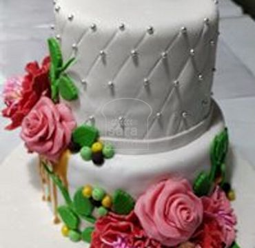 Two Tier Fondant Cake EA142