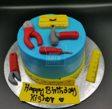 Fondant Cake with Tools ER109