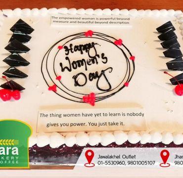 Women's Day Vanilla Cake CB101